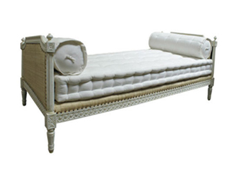 Hamish Daybed